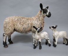 ewe-lambs-sculpture